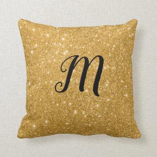 イニシャルときらきら光るな金ゴールドの輝きのプリント クッション