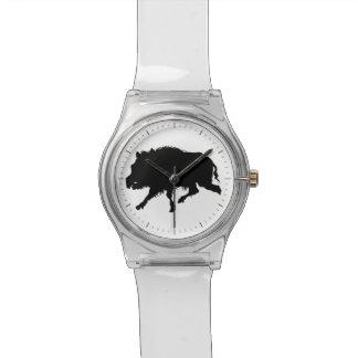 イノシシまたは野生のブタのエレガントなシルエット 腕時計