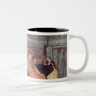 イボンヌPrintempsおよびSacha Guitry c.1912 ツートーンマグカップ