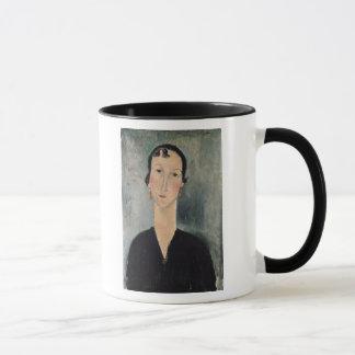 イヤリングを持つ女性 マグカップ