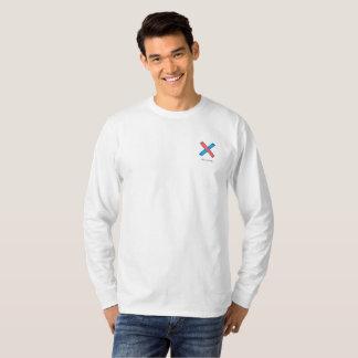 イラストラティブに長袖のTシャツ Tシャツ