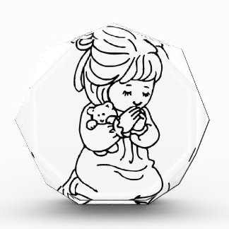 イラストレーションを祈っている女の子 表彰盾