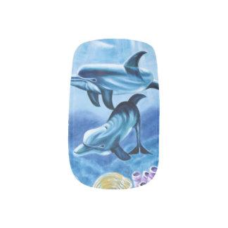 イルカおよび熱帯魚の芸術 ネイルアート