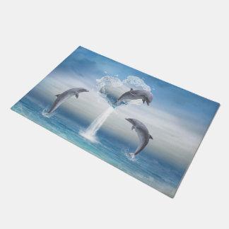 イルカのハート ドアマット
