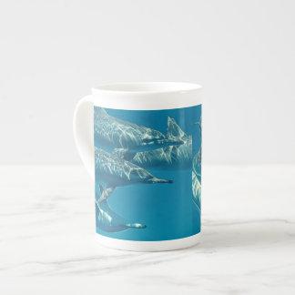 イルカのポッドの絵画 ボーンチャイナカップ