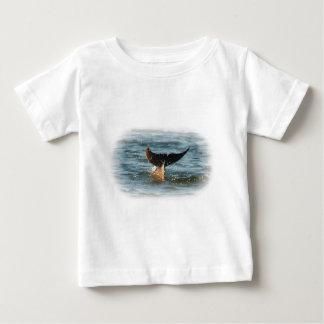 イルカの尾 ベビーTシャツ