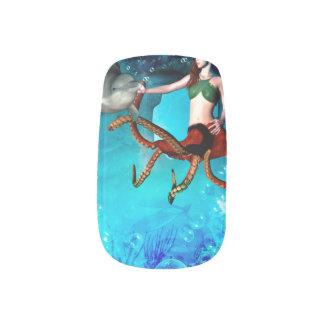 イルカを持つタコの女性 ネイルアート