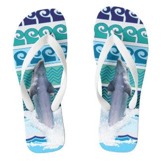 イルカ-水/海の背景 ビーチサンダル