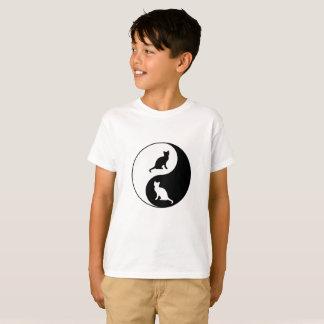 インおよびヤン猫 Tシャツ