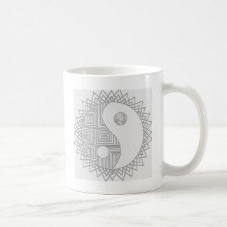 インおよびヤンI コーヒーマグカップ