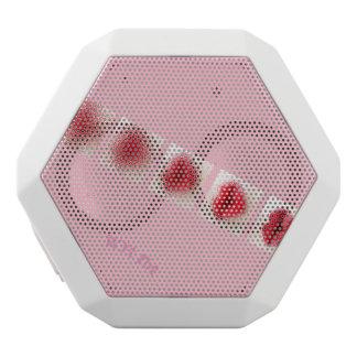 インクおよび口紅のピンクの唇 ホワイトBluetoothスピーカー