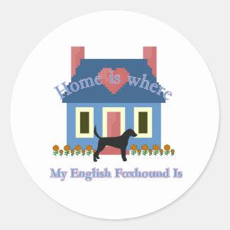 イングリッシュ・フォックスハウンドの家はあります ラウンドシール