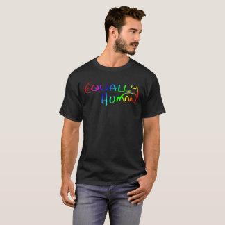 インスピレーションを走り書きされるすべてに均等に人間の虹 Tシャツ