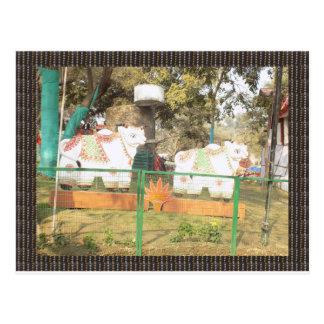インディアンSuraj Kundからの伝統的な牛彫像の芸術 ポストカード