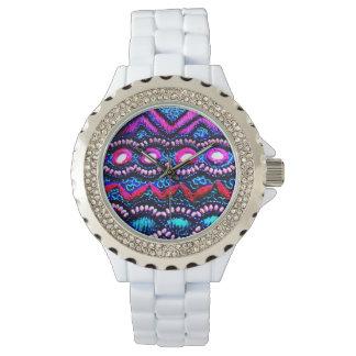 インドからの財布の刺繍 腕時計
