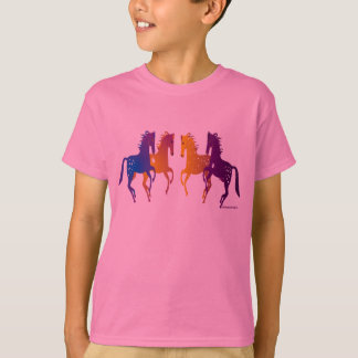インドの子馬の子供のTシャツ Tシャツ