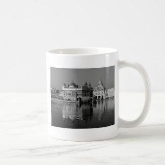 インドのB&Wの金寺院 コーヒーマグカップ