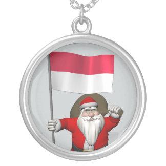 インドネシアの旗を持つ甘いサンタクロース シルバープレートネックレス