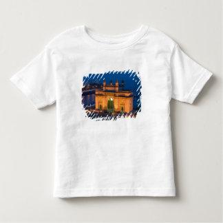インド、ムンバイ(ボンベイ): インドの出入口/ トドラーTシャツ
