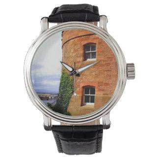 インバーネスの城の腕時計 腕時計
