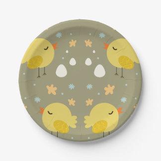 イースターかわいいひよこおよび小さい卵パターン ペーパープレート