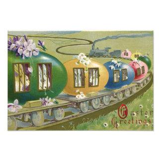 イースターのウサギの着色された卵のおりの列車 フォトプリント