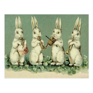 イースターのウサギバンドドラムトランペットのバイオリンのシャムロック ポストカード