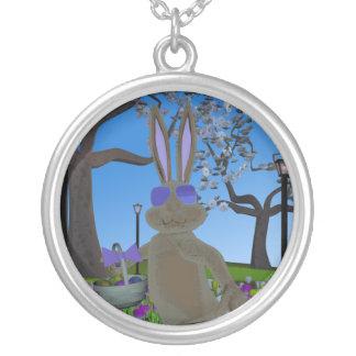 イースターウサギのネックレス シルバープレートネックレス