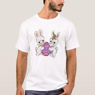 イースターエッグのティーが付いているヴィンテージのウサギ Tシャツ