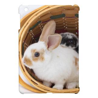 イースターバスケットの若いレックスのウサギ iPad MINI カバー