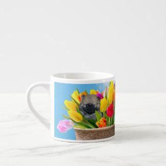 イースターポメラニア犬のエスプレッソのコップ エスプレッソカップ