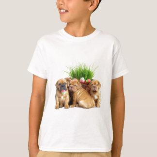 イースターDogue de Bordeaux子犬 Tシャツ