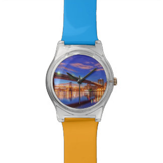 イースト・リバーのブルックリン橋、マンハッタン 腕時計