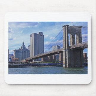 イースト・リバー: ブルックリン橋及び市建物 マウスパッド