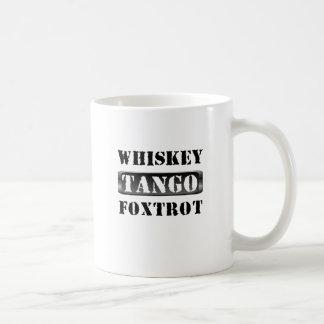 ウィスキーのタンゴはWTFフォックストロットを踊ります コーヒーマグカップ