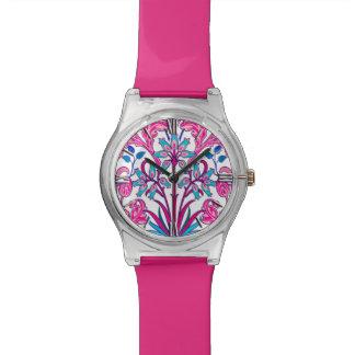ウィリアム・モリスのHyacinthのプリント、明るい赤紫色のピンク 腕時計