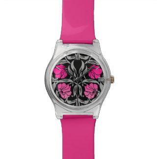 ウィリアム・モリスのPimpernel、赤紫のピンクおよび黒い 腕時計