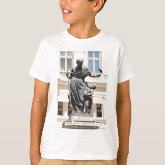 ウィーン、オーストリアの建築 Tシャツ