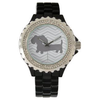 ウインナー犬の腕時計の粋な灰色のシェブロン 腕時計