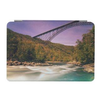 ウェストヴァージニアのバブコック州立公園 iPad MINIカバー