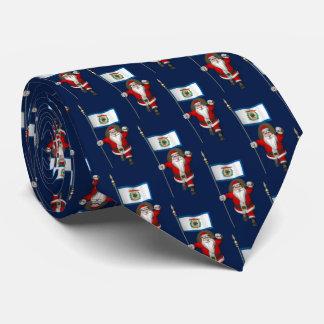 ウェストヴァージニアの旗を持つすてきなサンタクロース ネクタイ