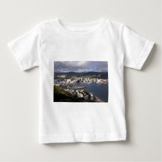 ウェリントン港、ニュージーランド ベビーTシャツ