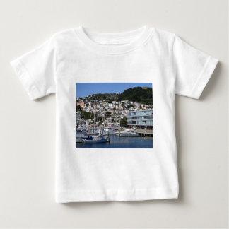 ウェリントン港 ベビーTシャツ
