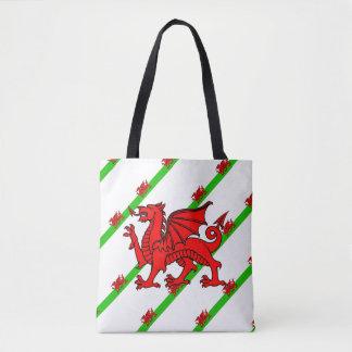 ウェールズのストライプな旗 トートバッグ