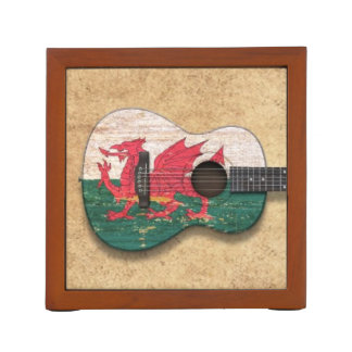 ウェールズの老化させ、擦り切れたな旗のアコースティックギター ペンスタンド