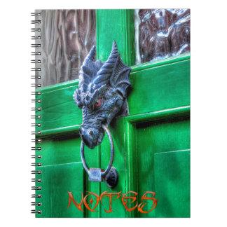 ウェールズの鋳鉄のドラゴンの頭部のドアノッカー ノートブック