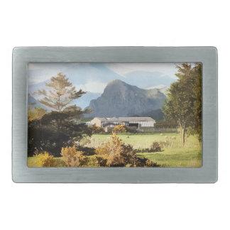 ウェールズ農場および山の景色 長方形ベルトバックル