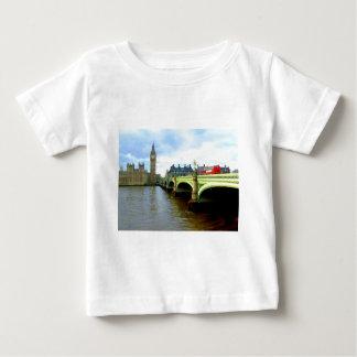 ウエストミンスター橋、ロンドンイギリス ベビーTシャツ