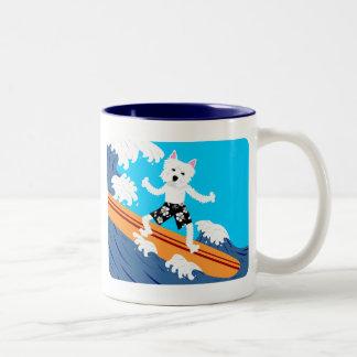 ウエスト・ハイランド・ホワイト・テリアのサーファー ツートーンマグカップ