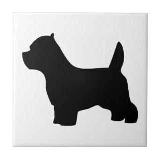 ウエスト・ハイランド・ホワイト・テリアのWestie犬のシルエット タイル